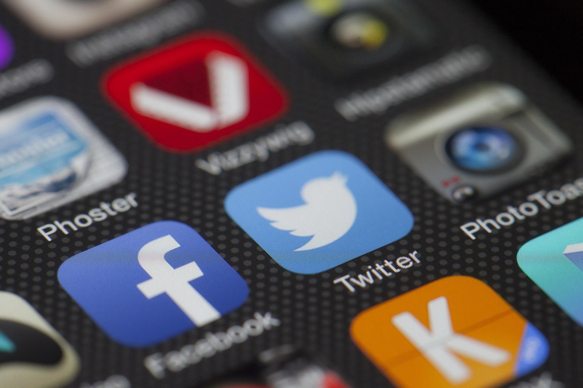 איך להנציח עמוד פייסבוק של אדם שנפטר