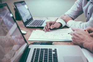 ניהול קשרי לקוחות: עם Holistic CRM עושים את זה אחרת